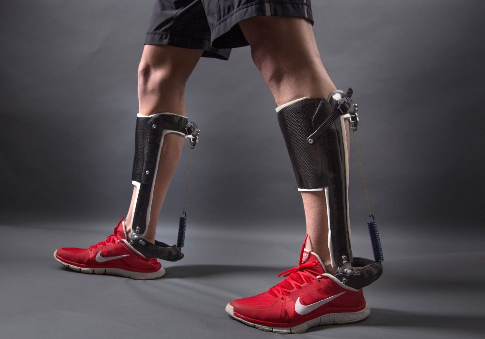 Exoskeleton-device-developed-by-NC-State-engineers-and-UNC-Chapel-Hills-School-of-Medicine