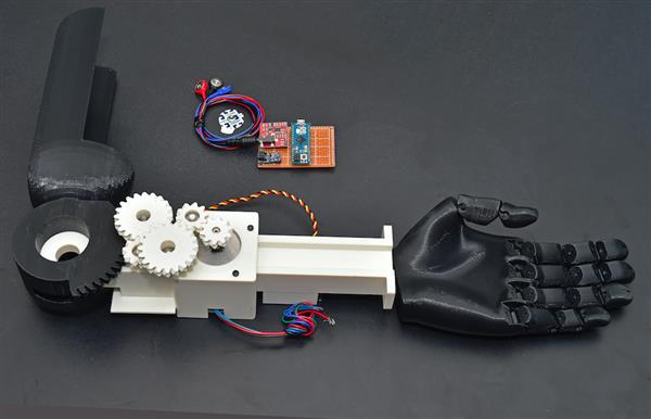 affordable-3d-printed-hands-soon-provide-temperature-pressure-feedback-thanks-mit-research-2